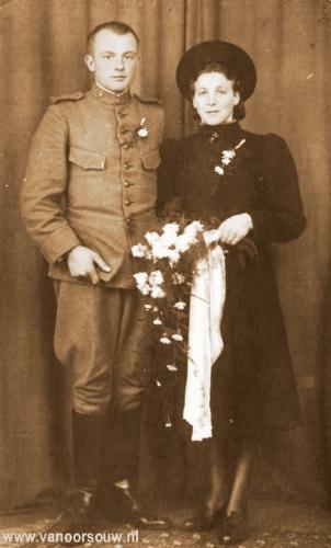 Trouwfoto A. van Oorsouw en F. van Oorsouw- der Lee 1939